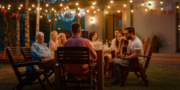 The #1 Tip to Throw the Best Outdoor Party in South Florida – No Matter How Hot It Is