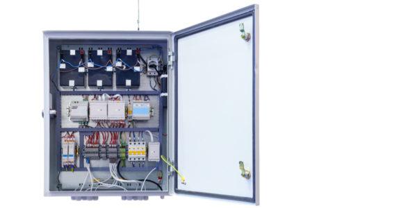 Benefits of NEMA 3r Enclosures for Housing Power Distribution